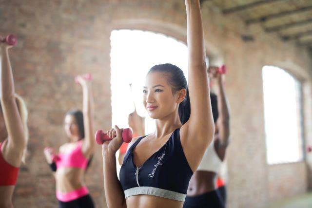 運動不足がむくみの大きな要因!適切なダイエットでスッキリボディへ